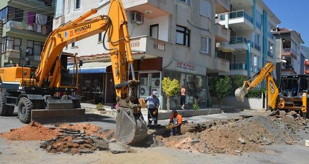 Alanya'daki o mahallenin yağmur suyu hattı yapılıyor