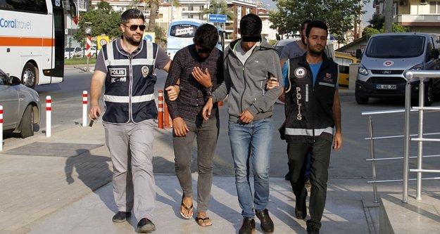 Alanya'daki uyuşturucu tacirleri tutuklandı