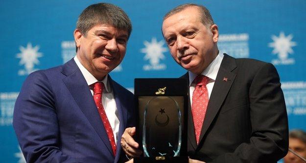 Cumhurbaşkanı Erdoğan'dan Türel'e anlamlı ödül