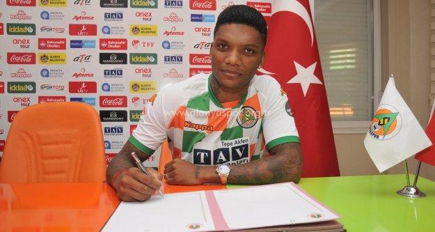 Fernandes yeniden Alanyaspor'da