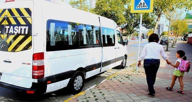 430 öğrenci, okul saatinde parkta polise yakalandı