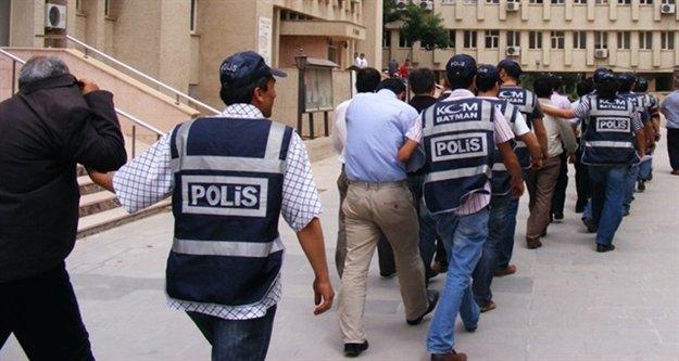 Antalya merkezli FETÖ operasyonu: 44 gözaltı var
