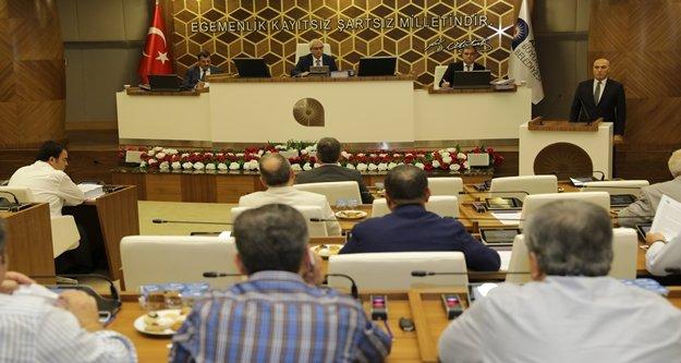 Büyükşehir Meclisi'nde tartışma