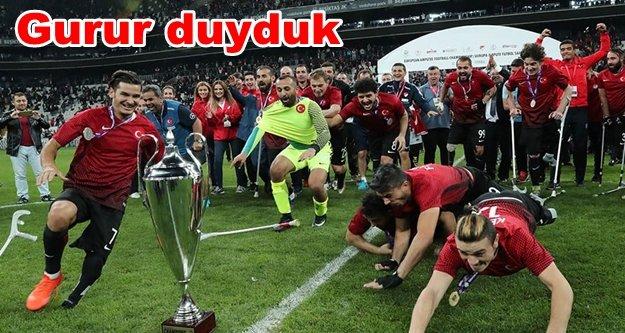 Çavuşoğlu milli kahramanları Alanya'ya davet etti