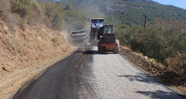 Gazipaşa'da 16 yıl sonra asfalt sevinci