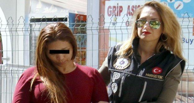 İç organlarını uyuşturucuyla dolduran kadın tutuklandı