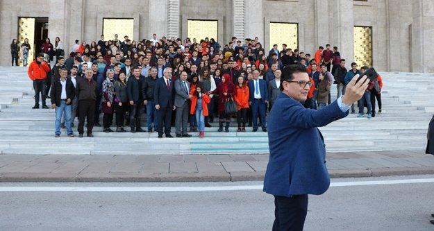 Antalyalı 350 genç TBMM'de misafir edildi