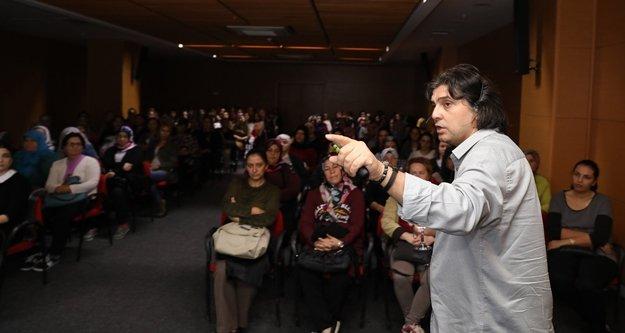 Büyükşehir Belediyesinden 'İslam'da Aile' semineri