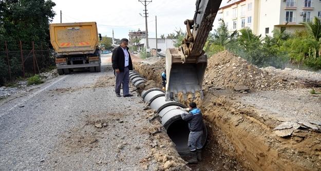 Demirtaş'a 1 kilometre yağmursuyu hattı
