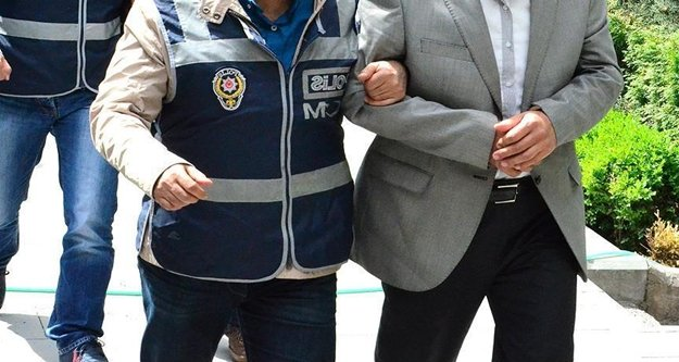 FETÖ/PDY'den 5 kişi yakalandı