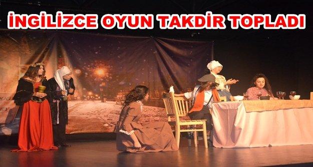 AHEP'in tiyatrocuları ayakta alkışlandı
