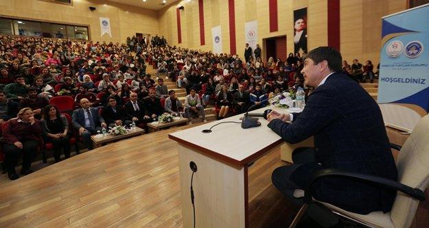 Başkan Türel öğrencilerin sorularını yanıtladı