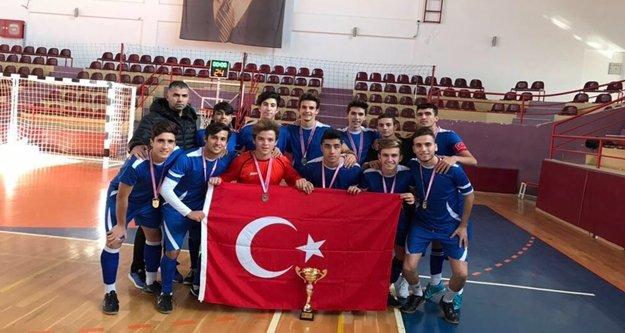 Futsalda kupa Alanya'nın