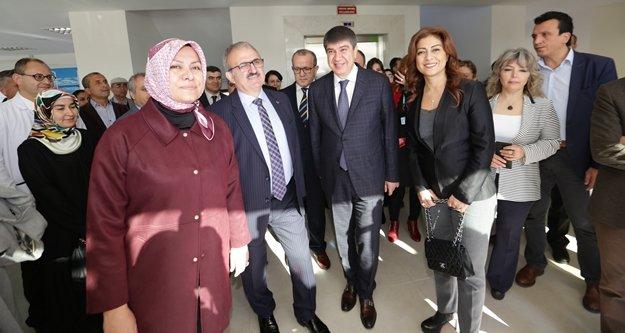 Başkan Türel: Kimse kendini yalnız hissetmeyecek