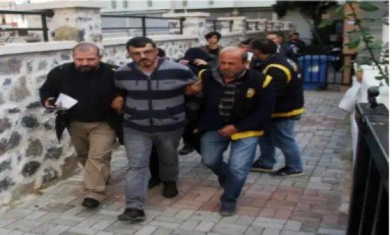 Alanya'da uyuşturucu baskını: 5 gözaltı var