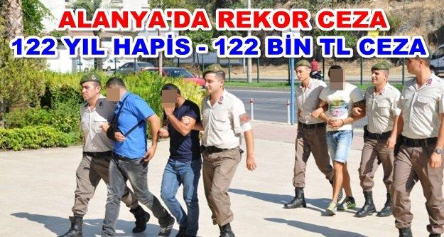 Alanya'daki torbacılara ceza yağdı