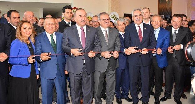 Bakan Çavuşoğlu: 'Cezaevi inşaatları suistimal ediliyor'