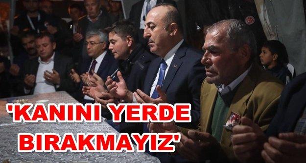 Bakan Çavuşoğlu, şehit evini ziyaret etti