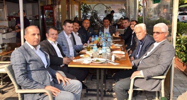Türkdoğan muhtarlarla buluştu