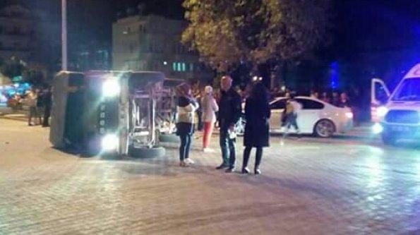 Alanya'da gece yarısı feci kaza: 3 yaralı var