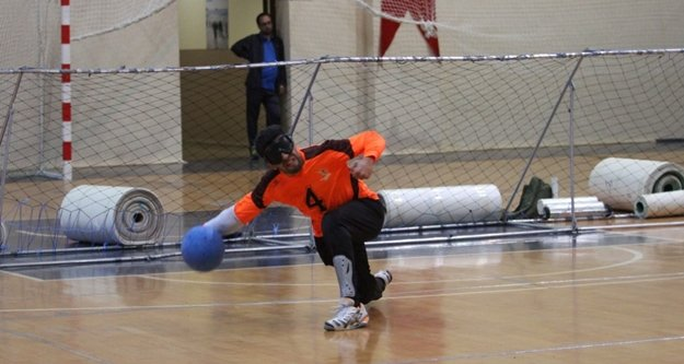 Alanya'da goalball heyecanı başladı