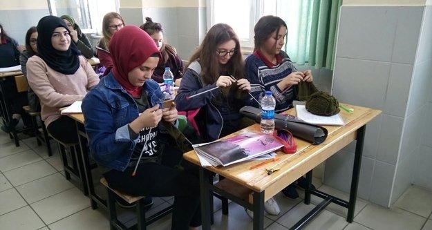 Öğrencilerin ilmeği Afrin'deki Mehmetçik'i ısıtacak