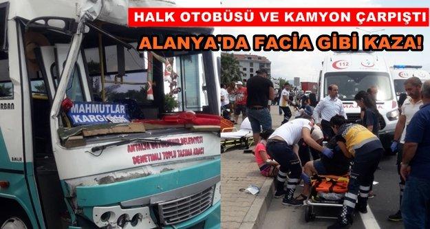 Alanya'da feci kaza! 15 yaralı var