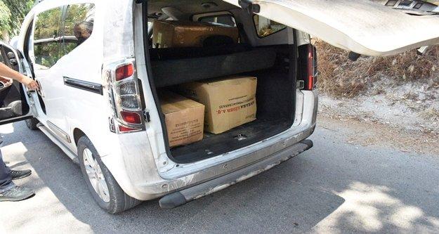 Bir araç içinde 187 şişe sahte içki ele geçirildi