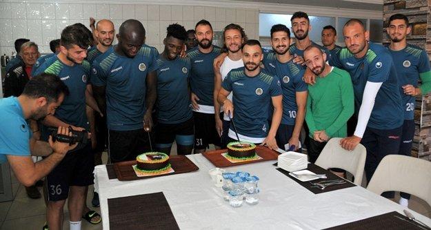 Cenk Ahmet ve Sackey'e kutlama