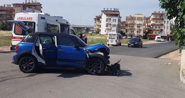 Komşuda trafik kazası: 2 yaralı