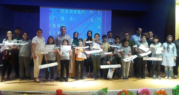Model Uçak Kursu sertifikaları dağıtıldı