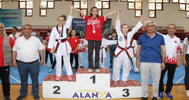 Türkiye Şampiyonası Alanya'da başladı