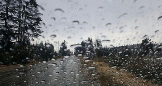 Antalya'da bayramda yağmur sürprizi yaşanacak