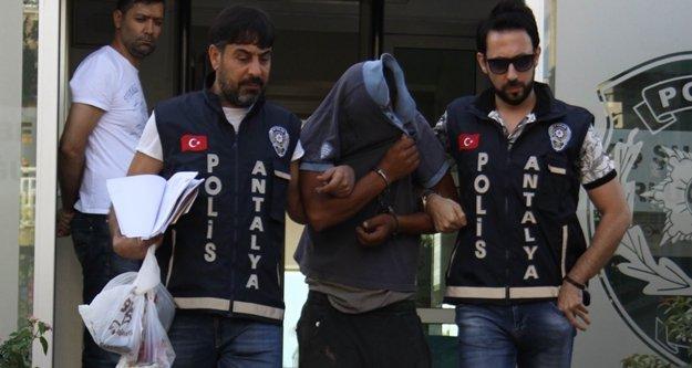 Atatürk büstü hırsızı yakalandı