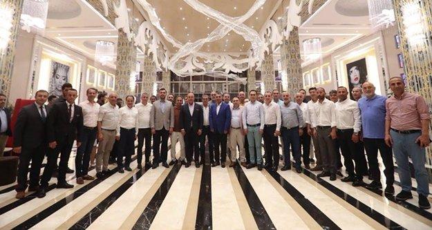Bakan Çavuşoğlu Alanya'da iftara katıldı