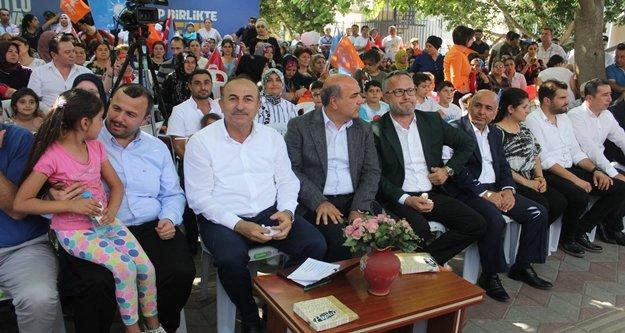 """Bakan Çavuşoğlu: 'İslam ve Türkiye düşmanlığı birleşti"""""""