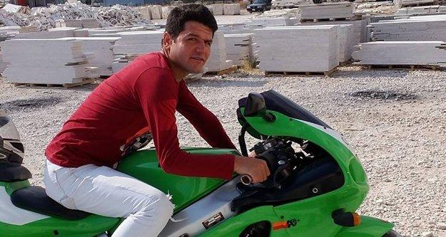 Kamyonet ile motosiklet çarpıştı: 1 ölü var