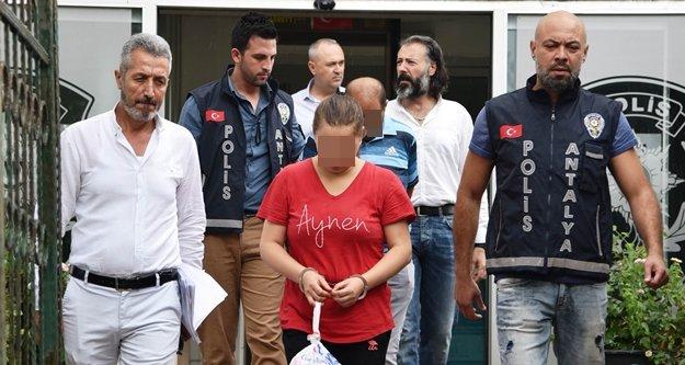 Randevu alarak doktoru gasp eden çift yakalandı