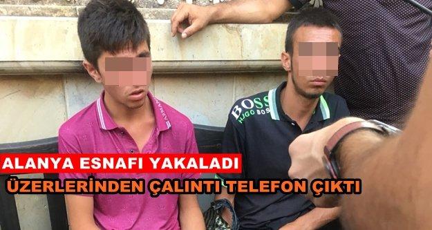 Alanya'daki cep telefonu hırsızları yakalandı