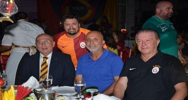 Galatasaray'ın 21'inci şampiyonluğu Alanya'da kutlandı
