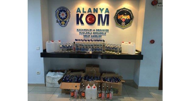 Alanya#039;da 117 şişe kaçak içki yakalandı