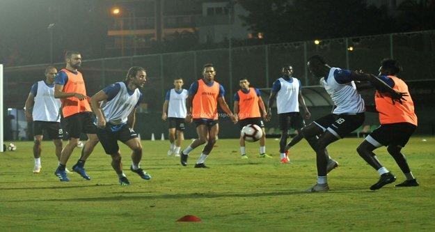 Alanyaspor, Trabzon maçına hazırlanıyor