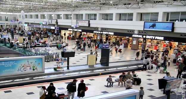 Kente gelen turist sayısı 9,5 milyona dayandı