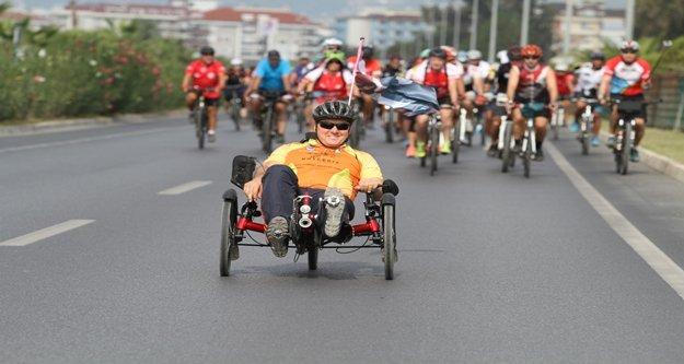1. Alanya Uluslararası Bisiklet Festivali başladı
