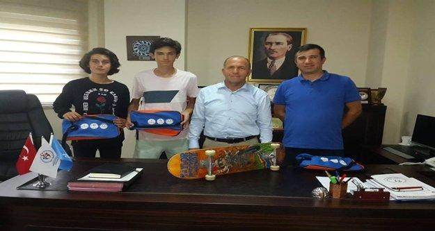 Alanyalı Kaykay sporcuları milli takım kampına çağrıldı
