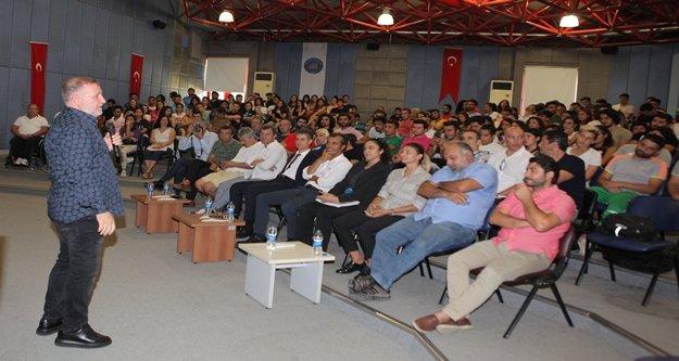 Alanyaspor Teknik Direktörü Bakkal, öğrencilere futbolu anlattı