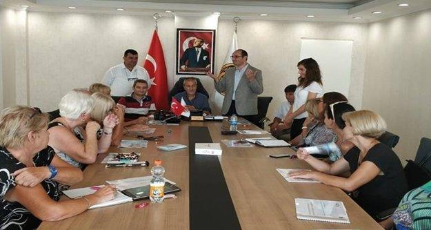 Başhekim Taşbaş'dan yabancılar meclisine ziyaret
