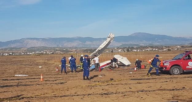 Manavgat'ta uçak yere çakıldı. İşte ilk görüntüler