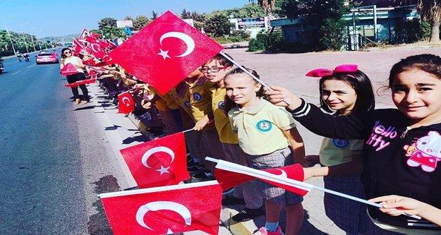 Öğrenciler, Cumhurbaşkanlığı Türkiye Bisiklet Turu'na renk kattı