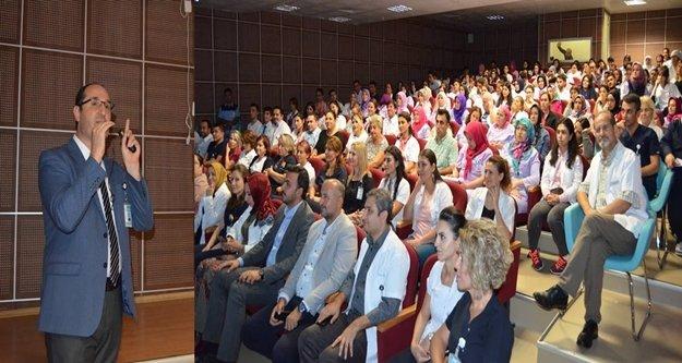 Prof. Dr. Taşbaş'tan, 'Duruş Bozukluğu' konferansı